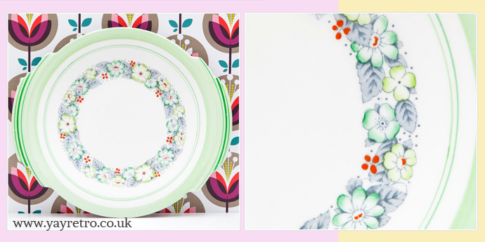 Vintage Art deco Cake plates from yay retro