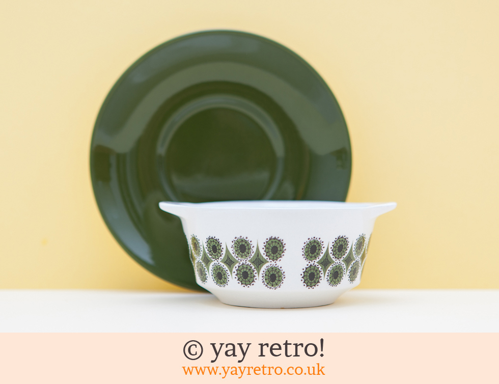 Johnson Bros: 70s Soup Bowls and Plate Set (£15.00)
