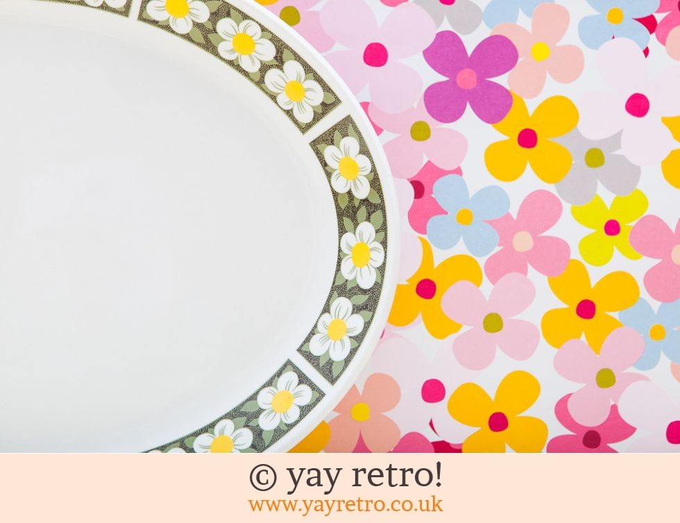 Flowery Oval Serving Plate (£6.00)