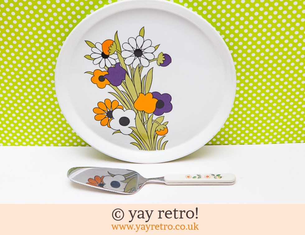 Barker Bros, Royal Tudorware: Rare Springtime Dinner Plate + Free Cake Server (£12.50)