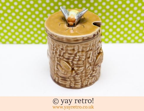 571: Vintage Bee Preserve Pot (£11.00)