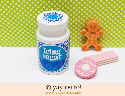 34: Vintage Tate & Lyle Icing Sugar Sifter (£24.50)