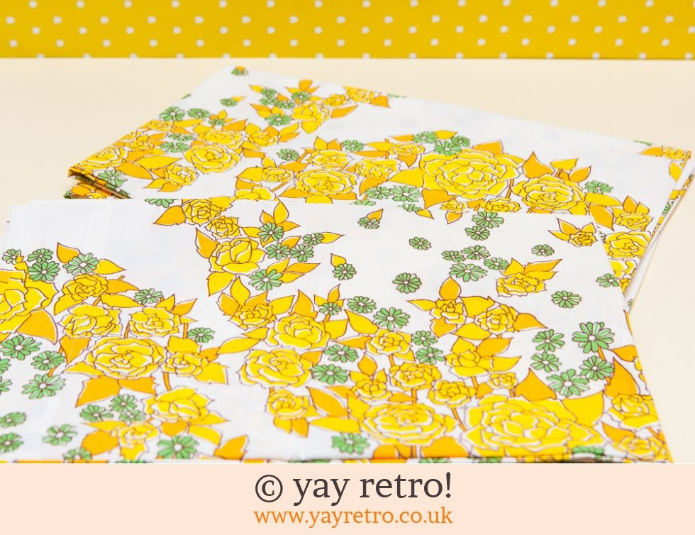 2 Vintage Yellow Rose Pillow Cases (£8.00)