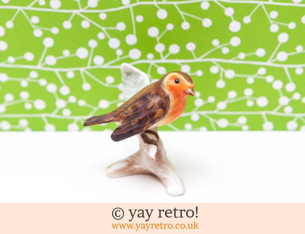 W.Goebel: Goebel Robin Ornament (£6.50)