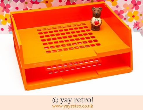 699: Bright Orange Desk Tidy (£12.00)
