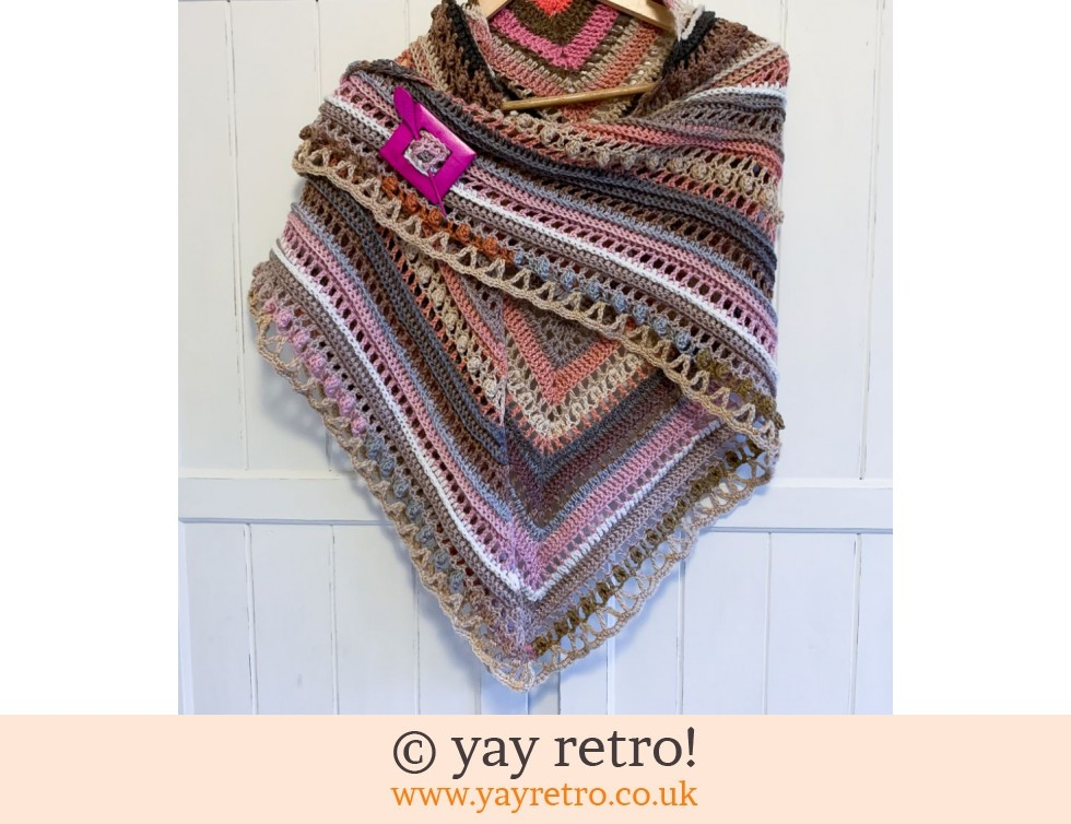 yay retro!: 'Powder Blush' Crochet Shawl (£25.00)