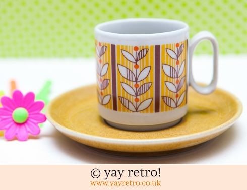 490: Italian Espresso Cup with  Funky Flowers (£6.50)