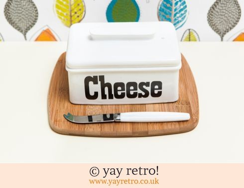 71: Cheese Board Set (£9.00)
