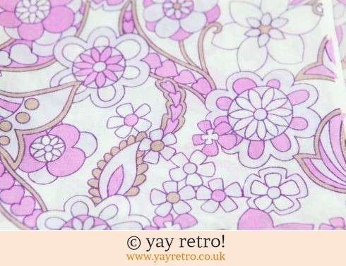 0: Vintage Flower Power Fabric Pieces (£4.00)