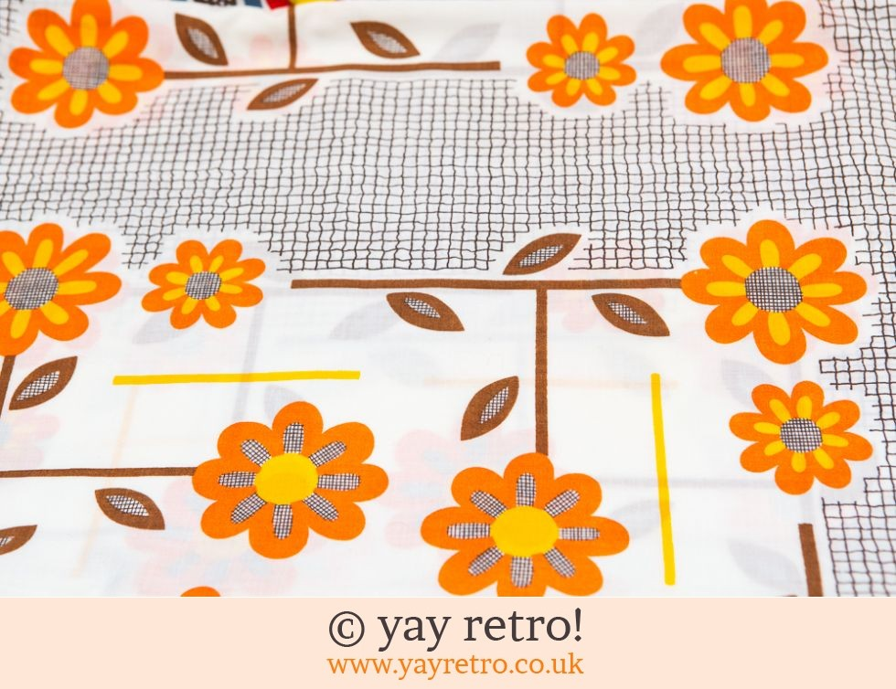 Orange Daisy Tablecloth 1950/60s (£22.00)