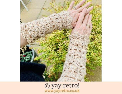 152: 'Wheat' Crochet Wrist Warmers (£15.00)