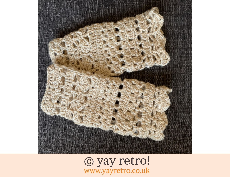 'Wheat' Crochet Wrist Warmers (£15.00)