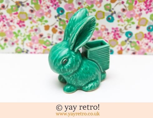 13: Green Sylvac Bunny Match Striker (£35.00)