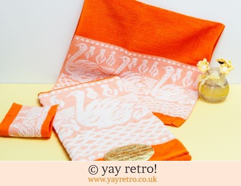 0: 60/70s Brand New Orange Towel Set (£11.00)
