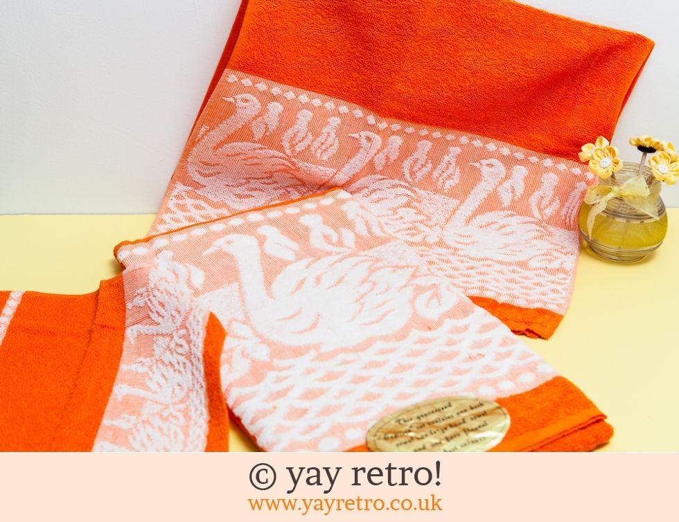 60/70s Brand New Orange Towel Set (£11.00)