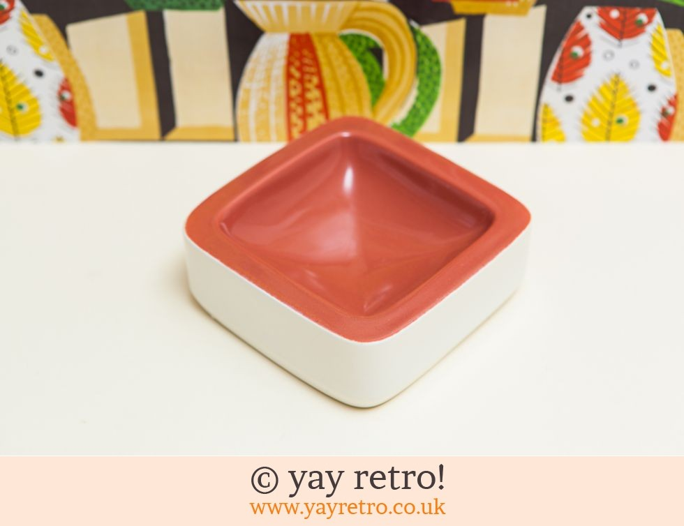 Poole Pottery: Stunning Red Poole Trinket / Ashtray (£50.00)