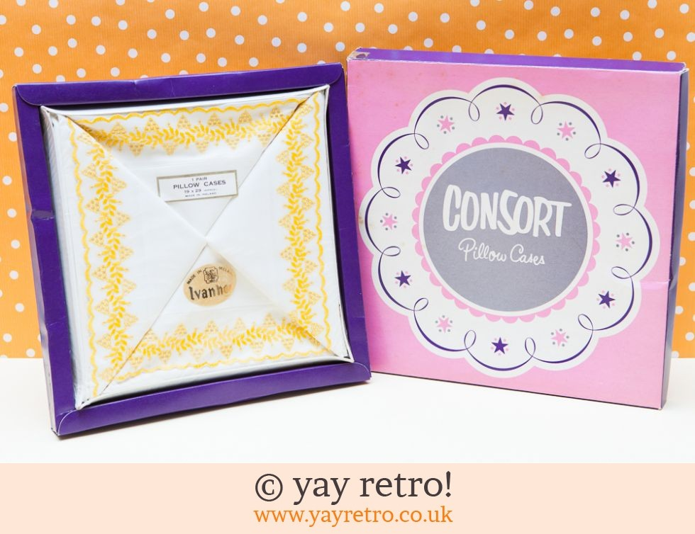 Vintage Yellow Pillowcases - boxed (£9.75)