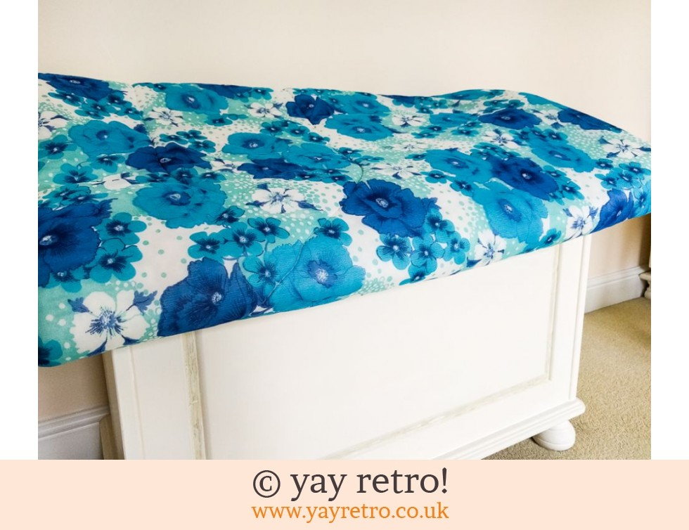 Vintage Nylon Double Bed Quilt (£24.00)