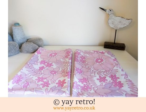 0: Vintage Pink Flower Pillow Cases (£8.00)