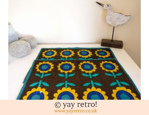 0: 1960s Linen Daisy Table Mats Blue (£10.50)