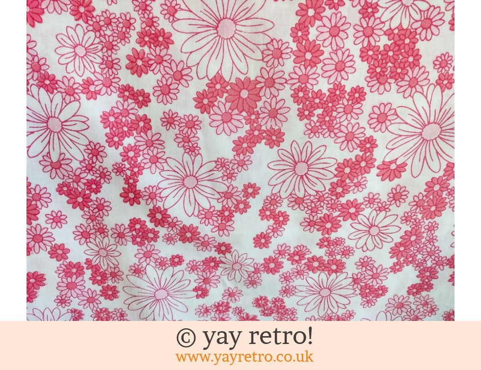 Pink Vintage Daisy Double Bed Sheet (£14.00)