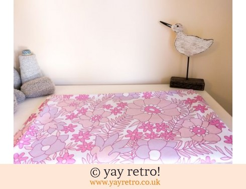 512: Pink Flowery Vintage Double Bed Sheet (£20.00)