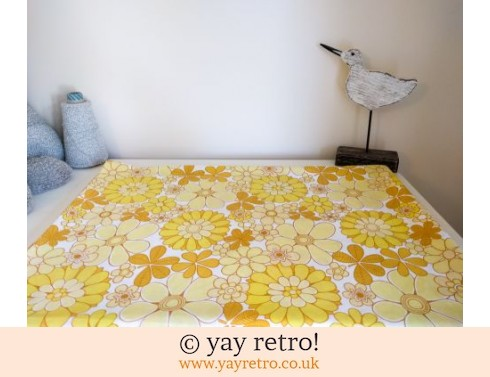 248: Rare Bright Yellow M&S Vintage Daisy Sheet (£29.50)
