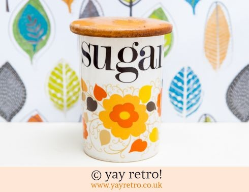 24: Crown Devon Sugar Storage Jar (£19.50)