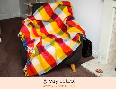 280: Happy Check Pure Wool Throw/Blanket (£18.90)