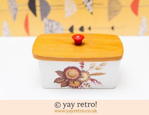 468: Cute 1950s Wooden Lid Butter Dish (£12.00)