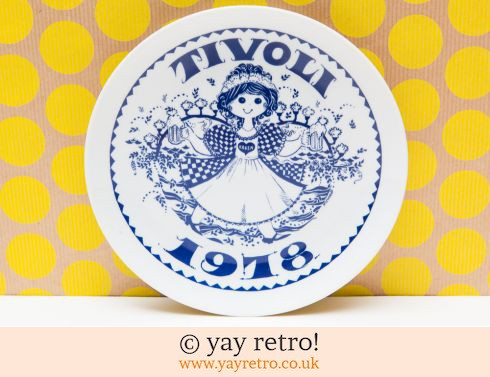 469: 1978 Scandi Kitsch Girl Plate (£7.75)
