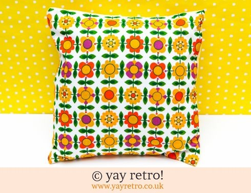 0: Flowery Vintage Fabric Cushion & Pad (£13.99)