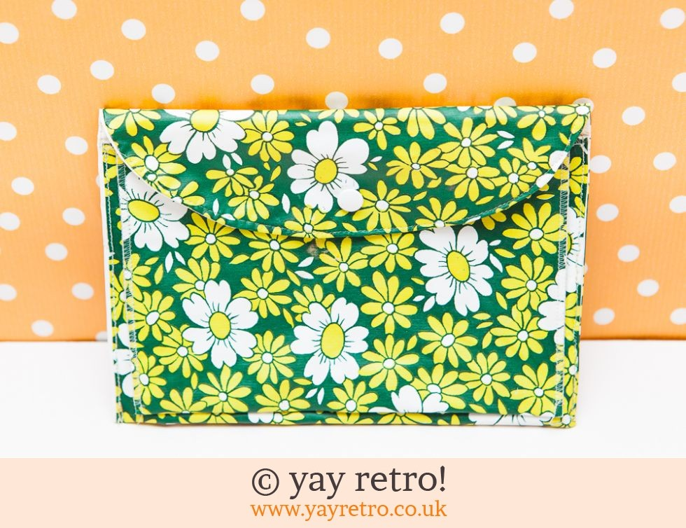 Green Flowery Makeup Bag 60/70s (£8.95)