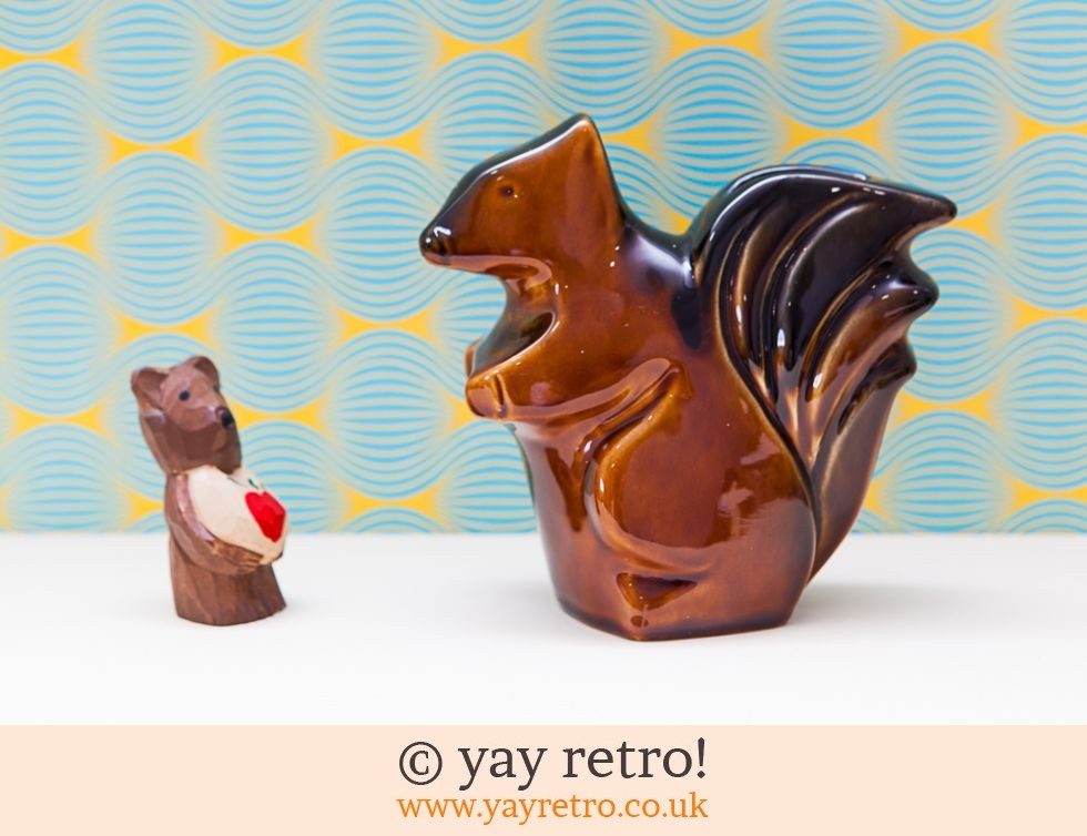 Arthur Wood: Arthur Wood Large Squirrel Money Box Ornament (£17.95)
