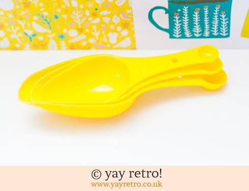 0: Vintage Plastic Yellow Measuring Scoops (£7.50)