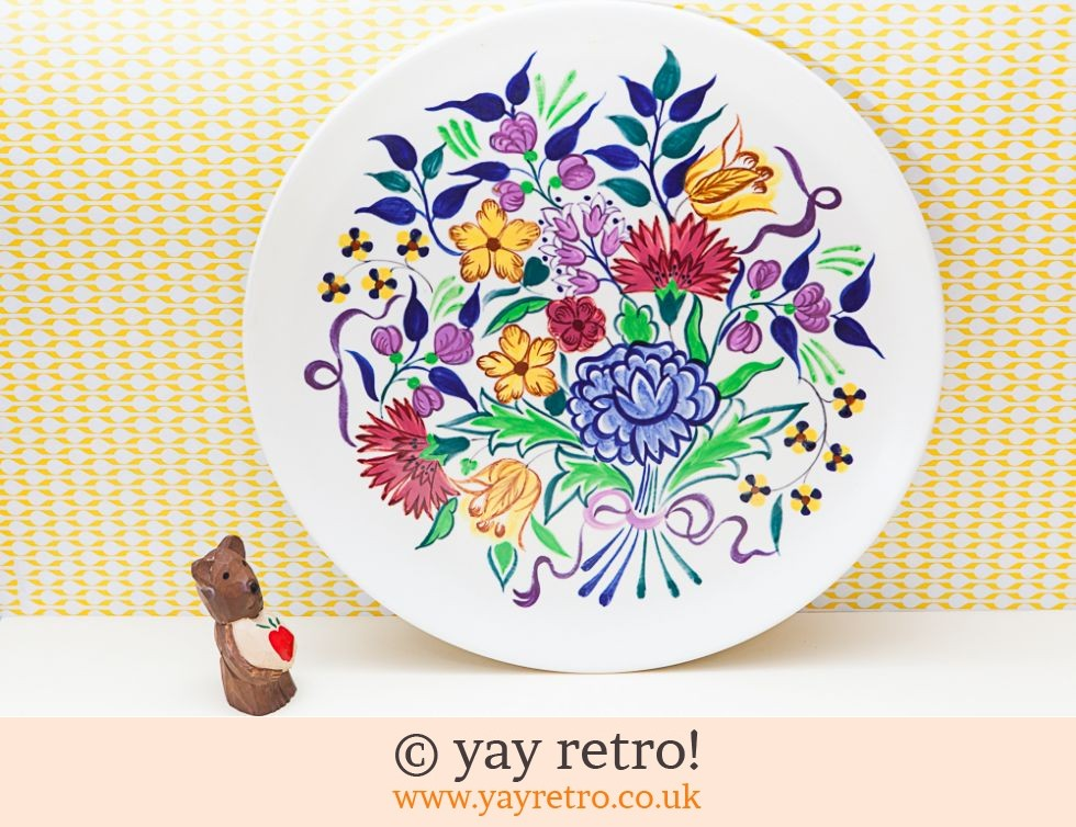 Poole Pottery: Poole Pottery 32cm Flower Serving Plate (£14.00)