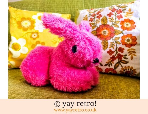 0: Bright Pink Kitsch Cuddly Rabbit (£6.00)
