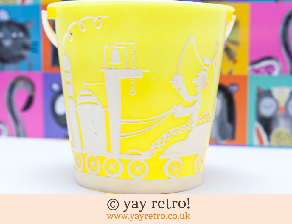 1950/60s Plastic Child's Circus Bucket (£8.50)