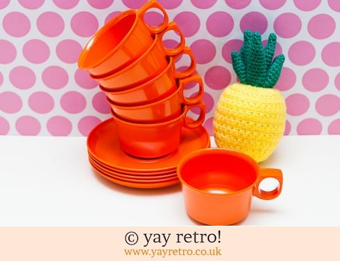 273: Rosti Mepal Orange Cups x 6 & 5 Saucers (£17.00)