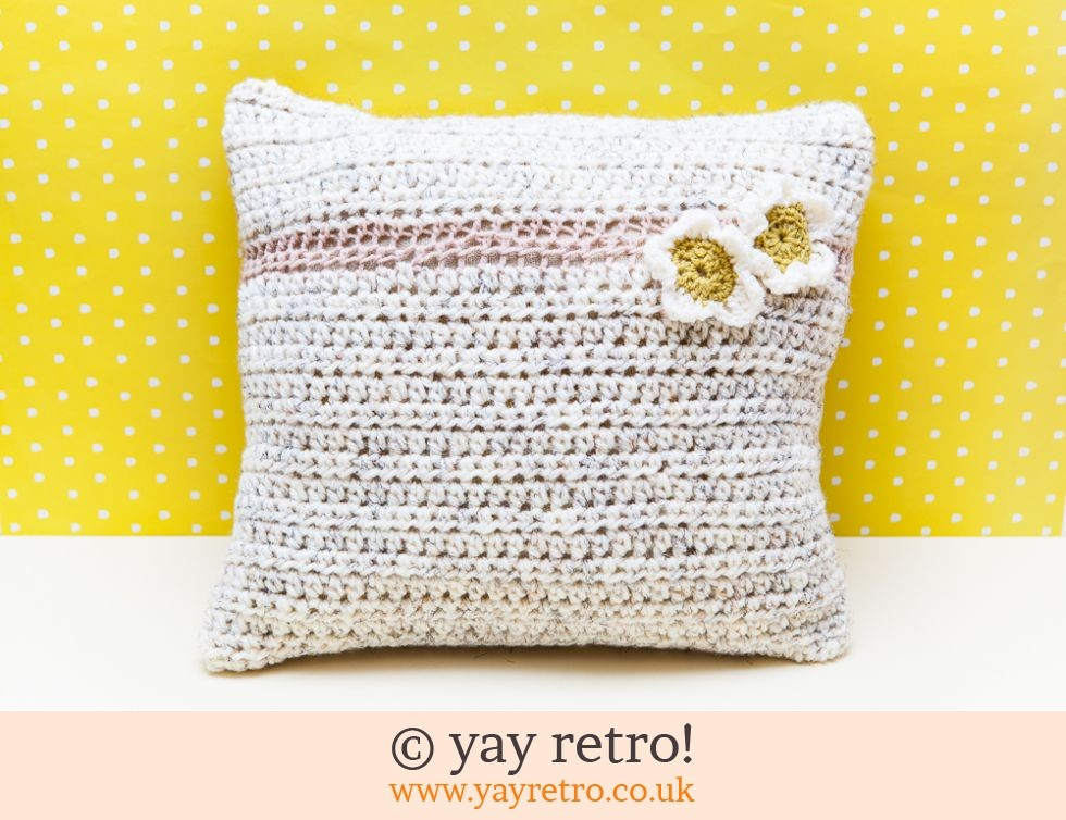 Crocheted Vintage Daisy Cushion Cover (£4.00)