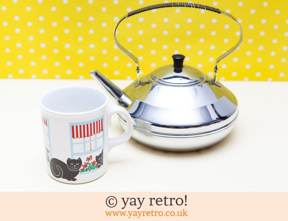 Vintage Chrome Teapot & Mug Set (£18.00)