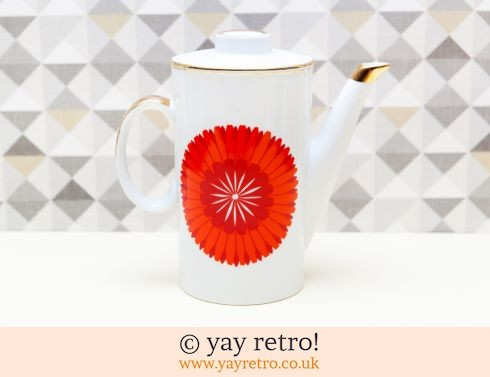 0: Red Daisy Vintage Coffee Pot (£12.00)