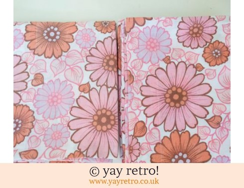 0: Flowery Vintage Pillowcases x 2 (£7.50)