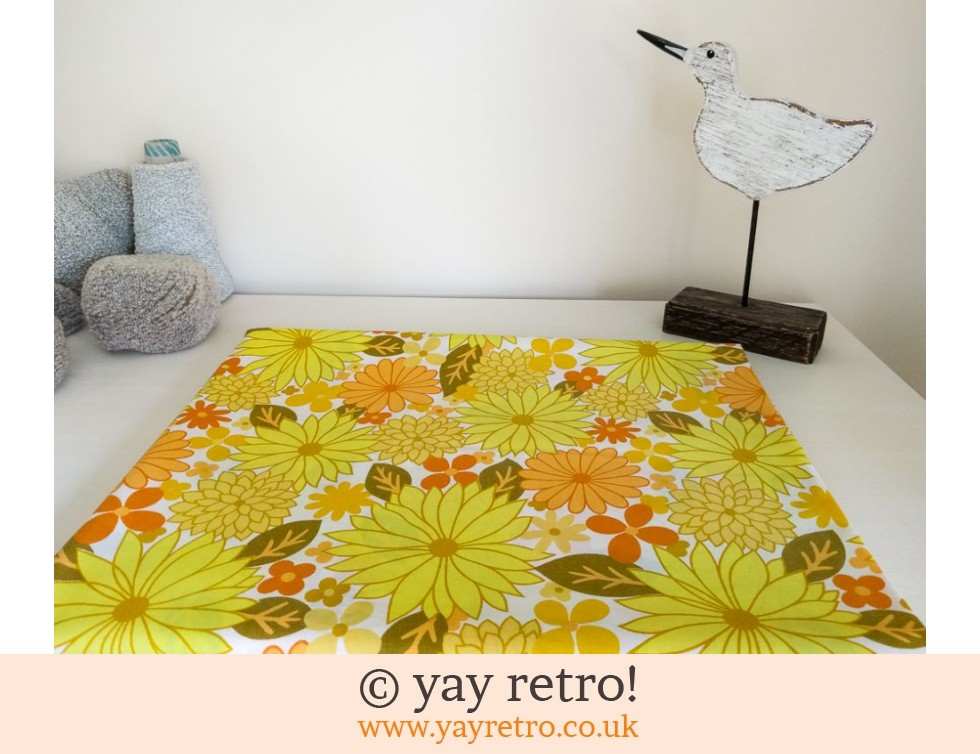Gorgeous Vintage Yellow Flowery Double Sheet - Looks New (£22.50)