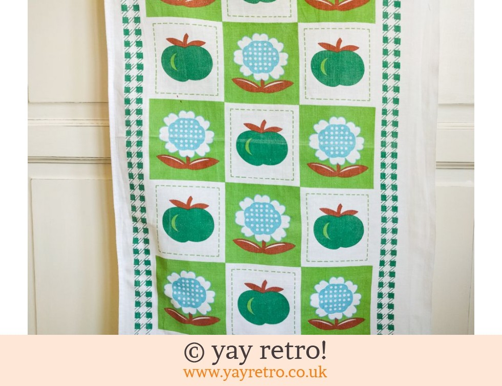Vintage Apple & Daisy Tea Towel (£5.00)