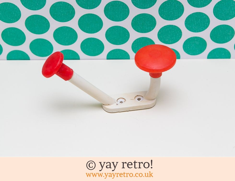 Vintage Red & White Plastic Coat Hook (£4.00)