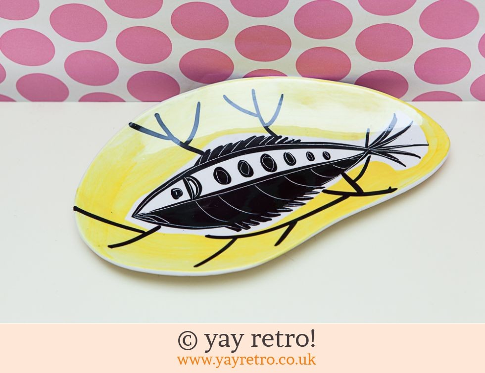 Italian 1950s Fish Dish Yellow (£22.50)
