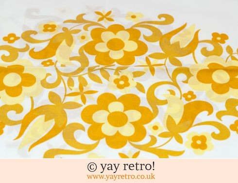 118: Yellow Flower Power Pillow Case (£8.00)