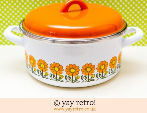 0: Orange Flowery Vintage Enamel Pan Large (£24.50)