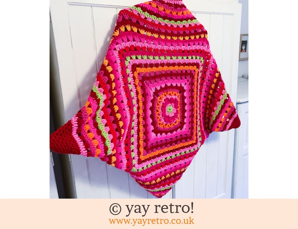 yay retro!: Red/Pink Bloom Cocoon Crochet Shrug (£75.00)
